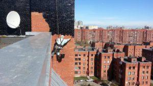 Высотные работы - по герметизыции кирпичной стены и межпанельных швов